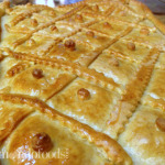 Bread Pie filled with chicken (Empanada Gallega con pollo)